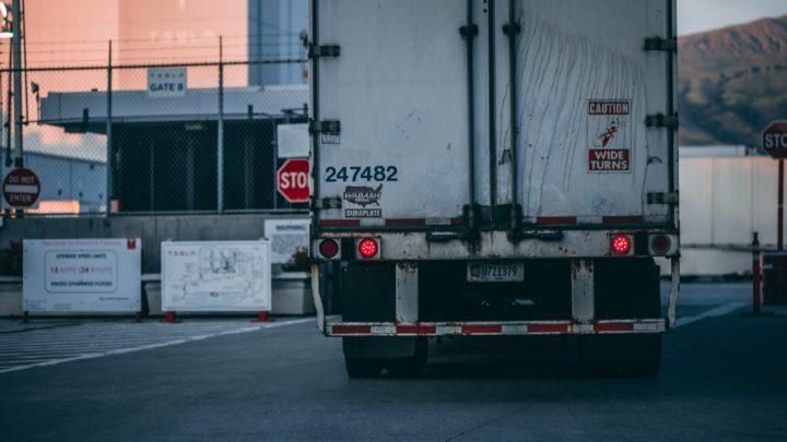 Fracht, Logistik