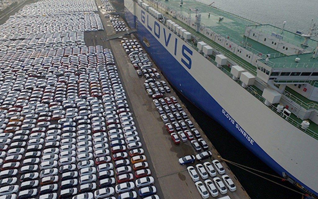 Der Neuwagenmarkt bricht ein